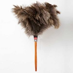 Feather duster for cleaning blinds
